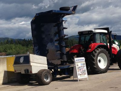 Compost Systems ST 300 Compostkeermachine